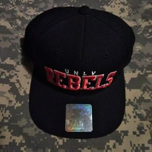 UNLV REBELS STARTER 1990's adult snapback cap